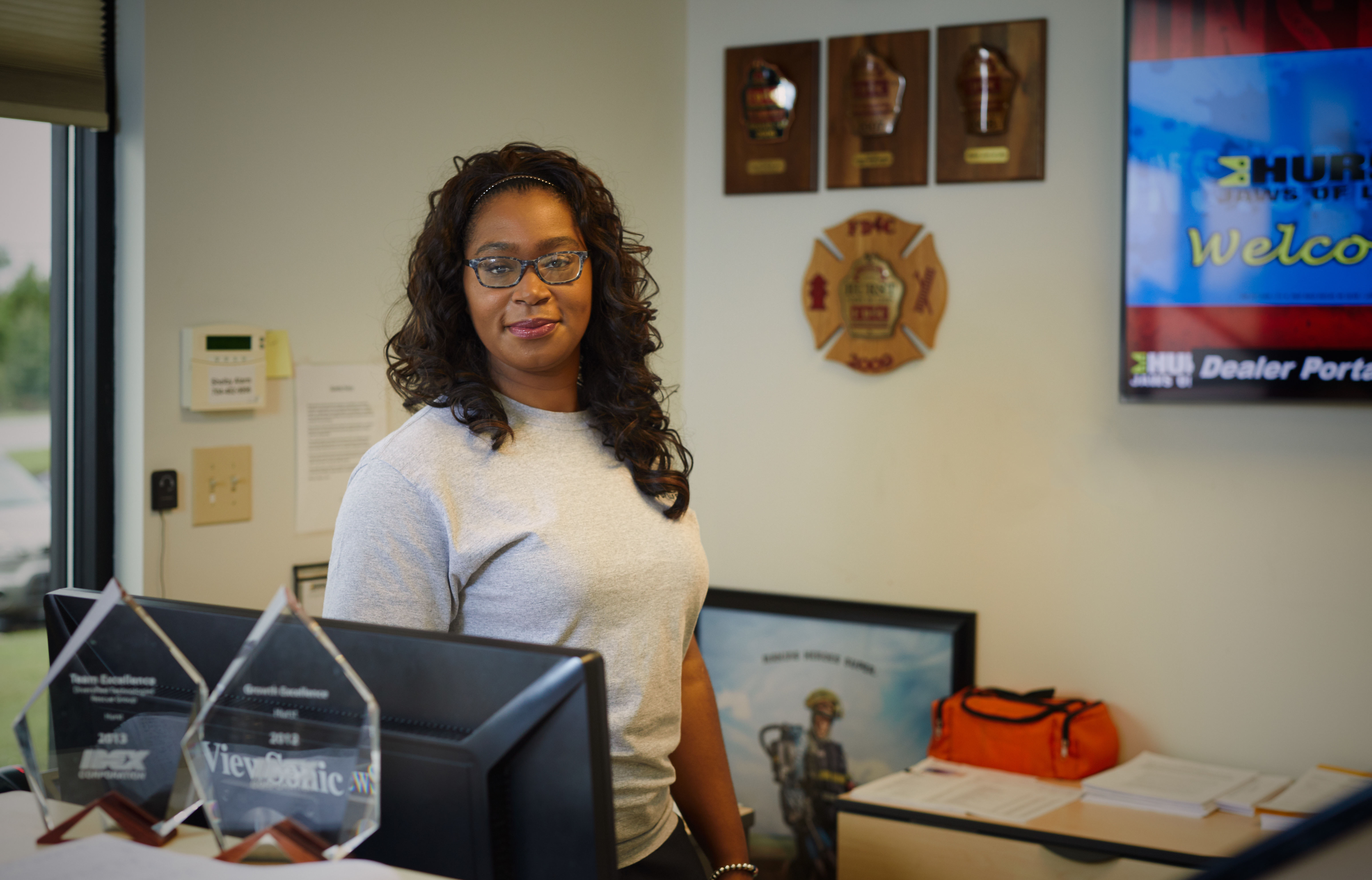 Ebony Beyah, Customer Service Specialist